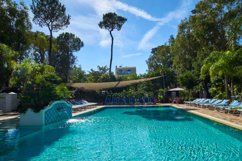 Swimming Pools Central Park Hotel Terme
